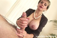 lady sonia mature lady sonia cumshot fucks therapist