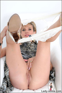 lady sonia mature gallery lady sonia