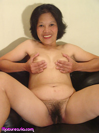 mature asian postimages zennie fullsize mature asian sets still sucking dick