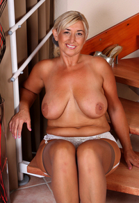 mature babes page