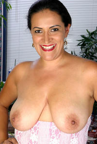mature boobs tits porn olympia mature boobs bush photo