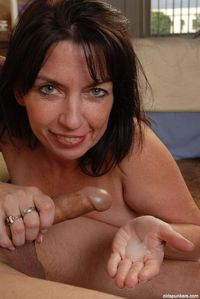 mature brunette mature brunette blowjob hand flicks free pics