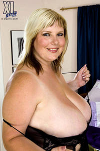 mature busty bbw porn mature busty plumpers photo