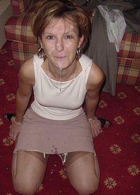 mature cumshot sheer pantyhose user
