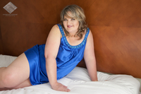 mature curvy static albuquerque boudoir mature curvy plus size women chemise glamour stephanie stewart photography nbexclusive