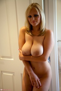 mature curvy media original seriously well proportioned mature