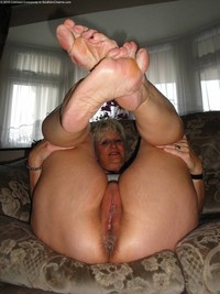 mature feet fetish porn judy mature feet wet pussy juicy butthole photo