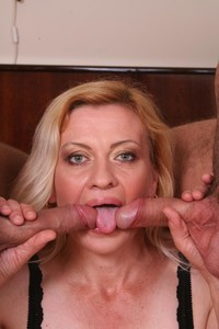 mature handjob media mature handjob amateur