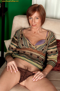 mature hard large ufsiefdoh avalynne obrien cougar granny hard nipples irish mature milf redhead short hair solo