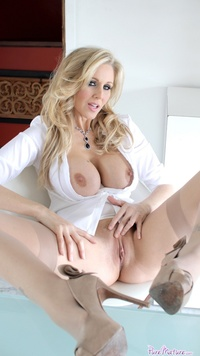 mature hard galleries gthumb puremature julia ann mature busty pic