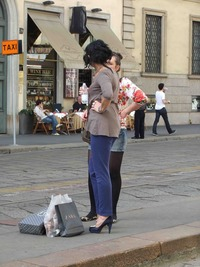 mature high heels style milan summer street fashion