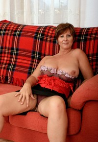 mature huge tits tits porn mature huge playing photo