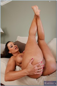 mature latina milf tanned milf lisa ann showing off toes feet category latin milfs