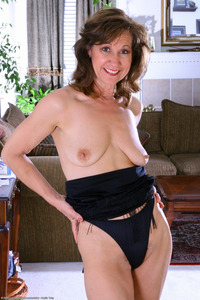 mature lexi all tob mature sometimes hairy aunt