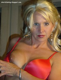 mature milf bra acdclover tagged users milf mature suggest some