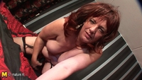 mature mommy ass mature mother