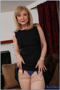 mature naughty america galleries naughtyamerica nina hartley blowjob