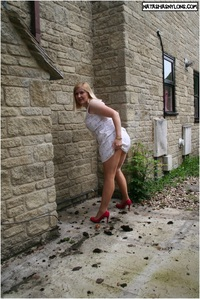 mature pantyhose pantyhose mature outdoor showing