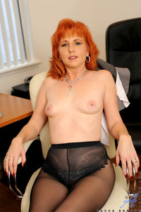 mature redhead large dqsvn ebu anilos firecrotch ginger hairy mature redhead