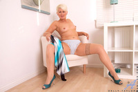 mature sally pictures sally taylor pussy spreading galls