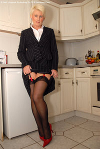 mature sally zztgp stockings stockingking