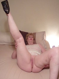 mature spread karensexymilf user