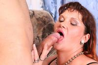 mature spreading busty mature spreading cunt get cock pumped