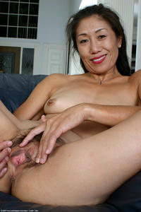 mature spreading asian porn hot mature spreading photo