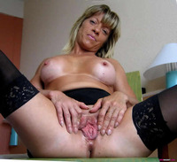 mature spreads wife spreads pussy mature wet nasty lips