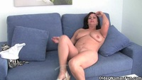 moms mature videos screenshots preview movies mature mom tits gets finger fucked