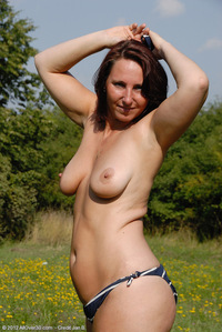 old milf mature ded year old milf demi sets mature boobs totally free inside farmers field