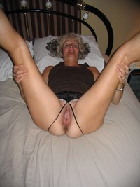 old milf mature amateur porn mature wife old wet juicy milf creampie pictures