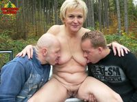 outdoor mature galleries pictures leninpics