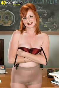 red mature picpost thmbs sexy natural red hair mature mom pics