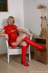 red milf mature hairy lana reddress dressed hairy pussy mature red
