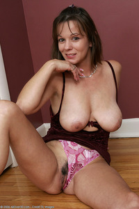 samantha mature galleries allover brunette mature housewife sam
