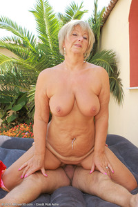 samantha mature mature samanthat sam