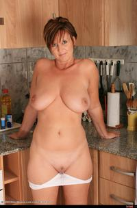 shaved mature wmimg apron kitchen mature over shaved solo free gallery