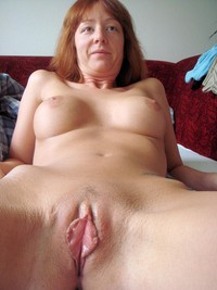 shaved mature milf redhead hairy cunt fucks like slut mature