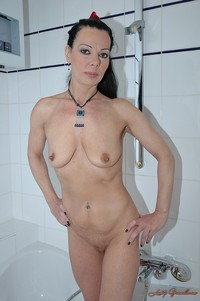 shaved mature gallery domina arina