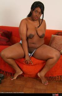 shaved mature wmimg ebony black totally shaved atkfan mature solo bbw saggy tits chubby
