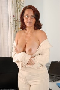 sweet mature mature porn demi sweet photo