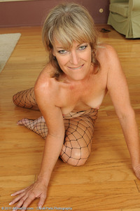 tina mature galleries all over tina fishnet stockings allover pics movies secret matures