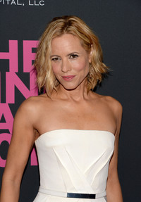 wet mature elyse walker presents pink party hosted cjf dwz pictures arg maria bello